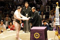 110522千秋楽幕内・表彰 7