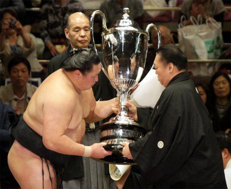 20120520千秋楽表彰 037